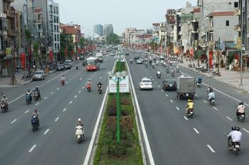 Bán nhà mặt phố Nguyễn Văn Cừ - diện tích 130m2, mặt tiền 6,5m - giá 20 tỷ