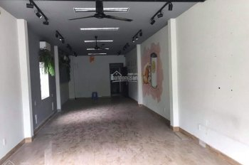 Bán nhà mặt tiền 4 tầng đường Hoàng Hoa Thám