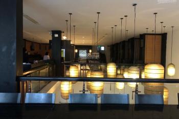 Cho thuê nhà nguyên căn mặt ngã tư Bà Triệu, mặt tiền: 8m, diện tích: 200m2 x 6 tầng, 0988844074