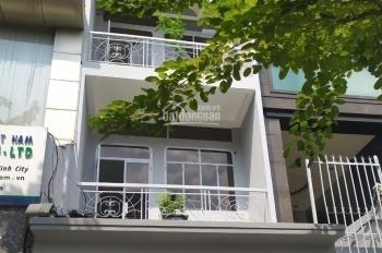 Cho thuê nhà 4x22m, 2 lầu mặt tiền đường Trường Sơn - khu sân bay. LH: 0906693900