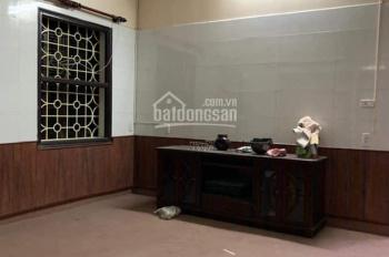 Cho thuê nhà ngõ phố Minh Khai 65m2, 3T, 4PN, full đồ nội thất