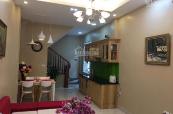 Cho thuê nhà Trần Cung, Cầu Giấy 40m2 x 5T giá 10tr/th (phù hợp ở gia đình, bán hàng online)