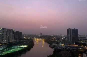 Bán gấp căn hộ Riverpark Residence Phú Mỹ Hưng, 134m2, giá rẻ nhất thị trường