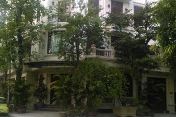 Cho thuê biệt thự phố Nguyễn Thị Định, Trung Hòa. DT: 170m2, 50tr/tháng