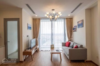 Bán gấp căn hộ 01 tòa A3, DT 80m2, 2 phòng ngủ, view trực diện bể bơi LH 0982.402.115