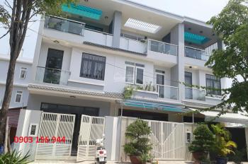 Tôi cần cho thuê nhà phố 2 tầng 1 trệt, hướng đông nam tại khu dân cư Him Lam Phú Đông