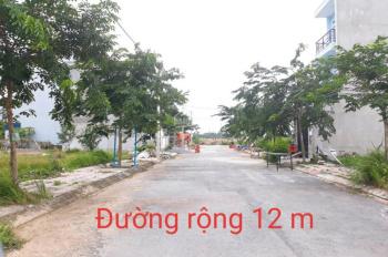 Bán đất dự án đường 22, Nguyễn Xiển cách Vinhomes Grand Park 200m DT 54m2 giá 2,6 tỷ, LH 0982441038
