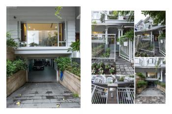 Chính chủ cần cho thuê nguyên căn villa Saigon Pearl 500m2 sàn sử dụng với giá thuê chỉ có 80 tr/th