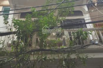 Gia đình cần tiền cần bán nhà tại phố Tô Hiến Thành, 67m2, MT 4.5m, Tây Nam