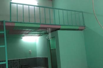 Cho thuê nhà 4 x 6m có gác. Sân 12 m2 5.5 triệu/ tháng