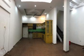 Cho thuê nhà riêng 61m2 (Officetel) sát mặt đường Hoàng Quốc Việt, Cầu Giấy, Hà Nội
