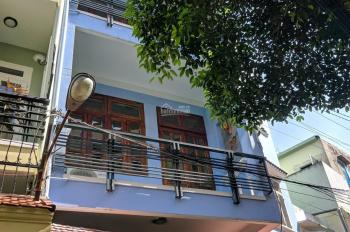 Cho thuê nhà 4x18m, lầu hẻm xe hơi đường Nguyễn Văn Mại. LH: 0906693900