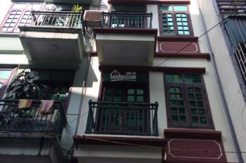 Cho thuê nhà 5 tẫng x 50m2 trong ngõ 99 Nguyễn Chí Thanh, ngõ ô tô 1 tấn rưỡi đỗ cửa, giá 16 tr/th