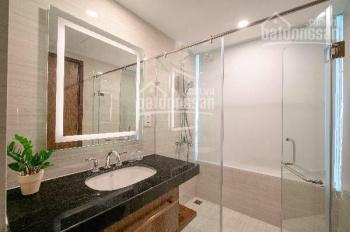 Cho thuê nhanh căn nhà 4 tầng 6pn mới đẹp ngay trung tâm Nha Trang giá chỉ 30tr/ th. Lh: 0982497979