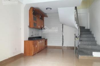 Cho thuê nhà ba tầng mặt x 35m2 2 mặt ngõ ô tô Lĩnh Nam, LH 0902065699