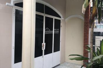Nhà 1 trệt 2 phòng ngủ hẻm B7 VCN Phước Hải, Nha Trang, giá thuê 4 tr/tháng