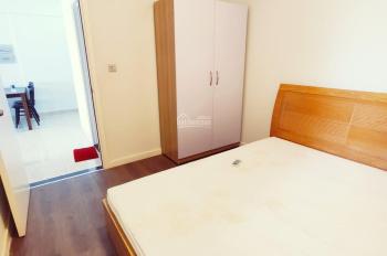 2 phòng ngủ - Tầng 8 - View LandMark 81 - Full nội thất - giá 9.5 triệu. Call 0931.32.35.47