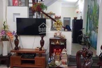 Cần bán gấp nhà kiệt ô tô Nguyễn Văn Huề