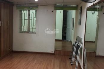 Cho thuê nhà tập thể tầng 2 bệnh viện E, DT 40m2, 1PN, 1 PK giá 3.5 triệu/tháng. LH 0917872686