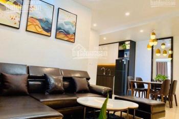 Cho thuê căn hộ 2 phòng ngủ full đồ Vinhomes D'Capitale, giá 15 triệu/tháng. Liên hệ: 0963083455