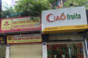 Cho thuê lâu dài 2 căn tập thể mặt đường Nguyễn Văn Cừ 146C + D