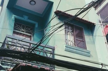 Nhà đẹp giá rẻ Đoàn Văn Bơ, Quận 4, DT 110m2, LH: 0918131591