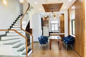 Cho thuê nguyên căn nhà hoàn thiện cơ bản giá tốt 25tr/th tại Lakeview City, Quận 2 (LH 0917810068)