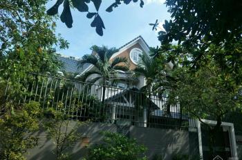 Cần cho thuê biệt thự cao cấp yên tĩnh KDC Fideco đường Thảo Điền, Quận 2