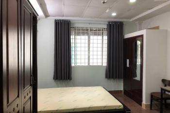 Phòng 30m2 toilet riêng, lối đi riêng, giờ tự do ngay mặt tiền. Thuận tiện đi lại