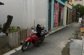 Bán đất mặt ngõ phố Chu Huy Mân cạnh chợ Phúc Đồng liền kề khu Vincom. DT: 44m2 giá 1,75 tỷ
