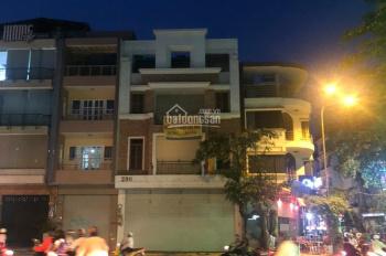 Cho thuê nhà MT 288 - 290 Trường Sa, Quận Phú Nhuận, 8x18m, hầm, 3 tầng, thang máy. 162 triệu/tháng