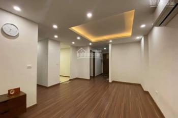 Chính chủ cần bán gấp căn hộ B-08 chung cư Lạc Hồng 1 Ngoại Giao Đoàn DT 132m2, 4PN, 2WC giá 4,5 tỷ