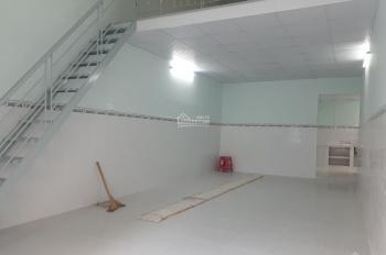 Cho thuê nhà mới xây 102m2, 1 trệt 1 lửng - cách Q1 10' - Rộng thoáng mát, khu an ninh, hẻm rộng