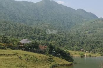 Đất bám mặt hồ vị trí đắc địa với DT: 1100m2, đất ở 300m2, sang tên nhanh gọn