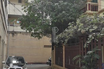 Bán nhà 2 tầng cũ xác định bán giá đất, gần cầu Mai Động, LH: 0909920971