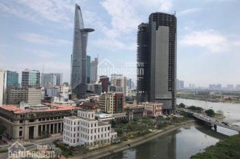 Saigon Royal cho thuê 2 phòng ngủ, nhà cơ bản đã có máy lạnh, rèm cửa và bếp