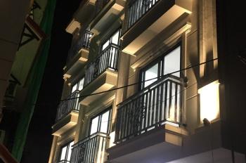 Cần bán nhà 4 tầng mới xây ở Cự Khối