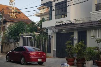 Nhà kiểu biệt thự 8m x 20m mặt tiền đường khu Tên Lửa