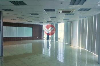 Văn phòng cho thuê quận 5 120m2 thiết kế cực đẹp giá thuê cực rẻ LH 0933 72 5535 Phong
