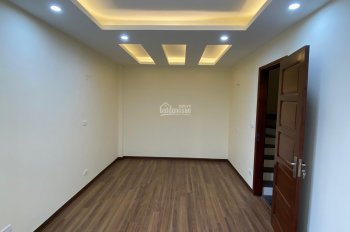 Cần bán nhà phố Dương Văn Bé, Hai Bà Trưng, Hà Nội. DT: 32m2 x 5 tầng (giá 3.25 tỷ có TL)