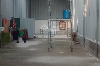 Cho thuê kho 100m2 + 50m2 để xe đường container đỗ cửa tại Cự Khối chỉ 8 triệu/tháng. Xem ngay