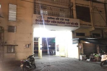 Cho thuê cửa hàng kinh doanh mặt đường Trần Quý Cáp (đối diện ga Hà Nội)