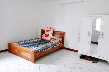 Phòng mới, sạch, full nội thất ở mặt tiền 141 Nguyễn Xí, Bình Thạnh 25m2, giá 4 đến 4 triệu rưỡi/th