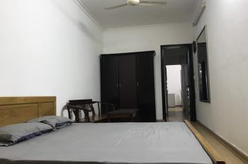 Cho thuê căn hộ tầng 2 khép kín cho người Việt Nam, nước ngoài thuê nhà mặt phố 46 Quốc Tử Giám