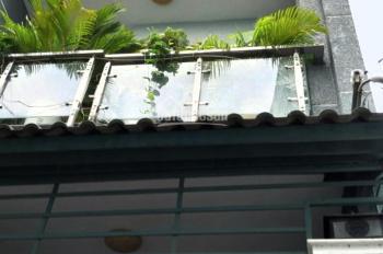 Chính chủ cho thuê nhà nguyên căn, 1 trệt, 2 lầu, 1 sân thượng, nội thất, tiện nghi đầy đủ