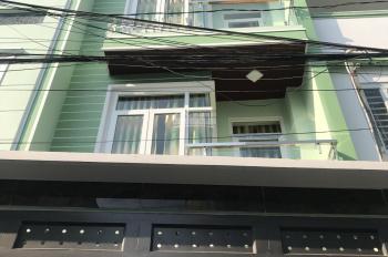 Nhà 3 lầu 5PN, 2 sân thượng, gần Lê Văn Việt - VinCom Q9