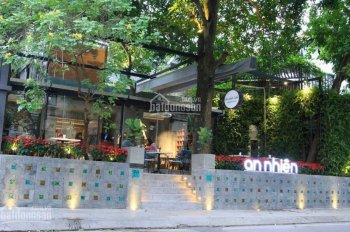 Cho thuê căn góc mặt phố Trần Duy Hưng, DT: 150m2 x 2 tầng, mặt tiền: 7,5m, và mặt ngõ thoáng