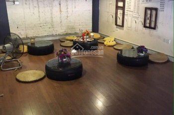 Cho thuê và sang nhượng cửa hàng cafe ngõ 84 Trần Quang Diệu DT 30m2, mt 4m, giá thuê 10 triệu/th