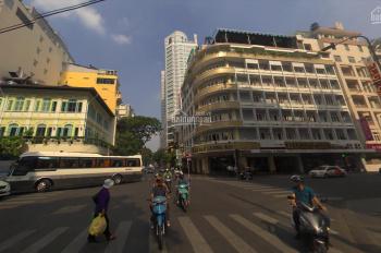 Cho thuê nhà MT Đồng Khởi Nguyễn Huệ, Bến Nghé, Q1, 18x15m, 3 tầng, tiện làm quán bar, giá 808,85tr