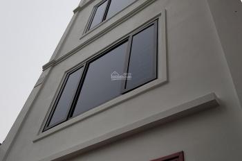 Bán nhà dân xây ở 01 căn riêng lẻ Sài Đồng, 40m2 x 4,5T, ngõ 2,5m, giá 2,56 tỷ(cách ngõ ô tô 50m)